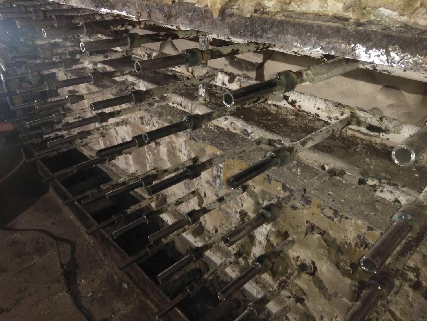 焼却炉、水冷壁、補修工事